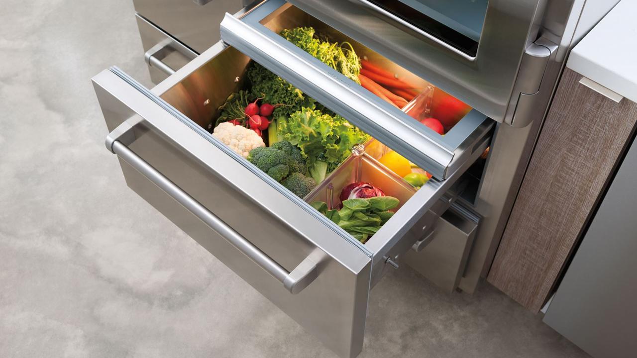 subzero 648pro 48 inch refrigerator crisper drawers
