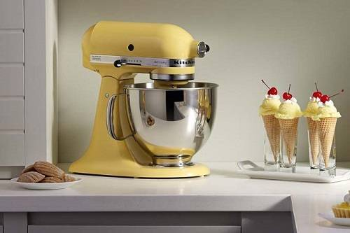 KitchenAID KSM150PSAQ Artisan Best Kitchen Stand Mixers