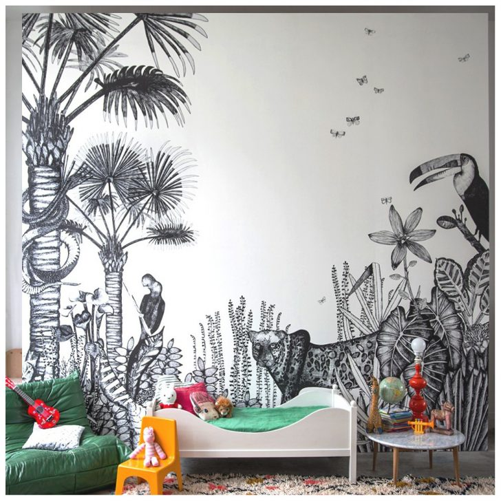 Tropical Mural Inspired by The Forest
