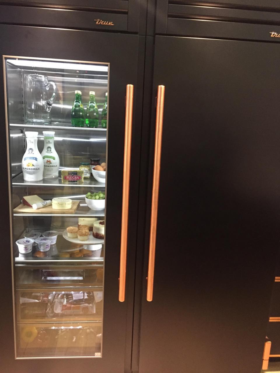 True refrigerator columns